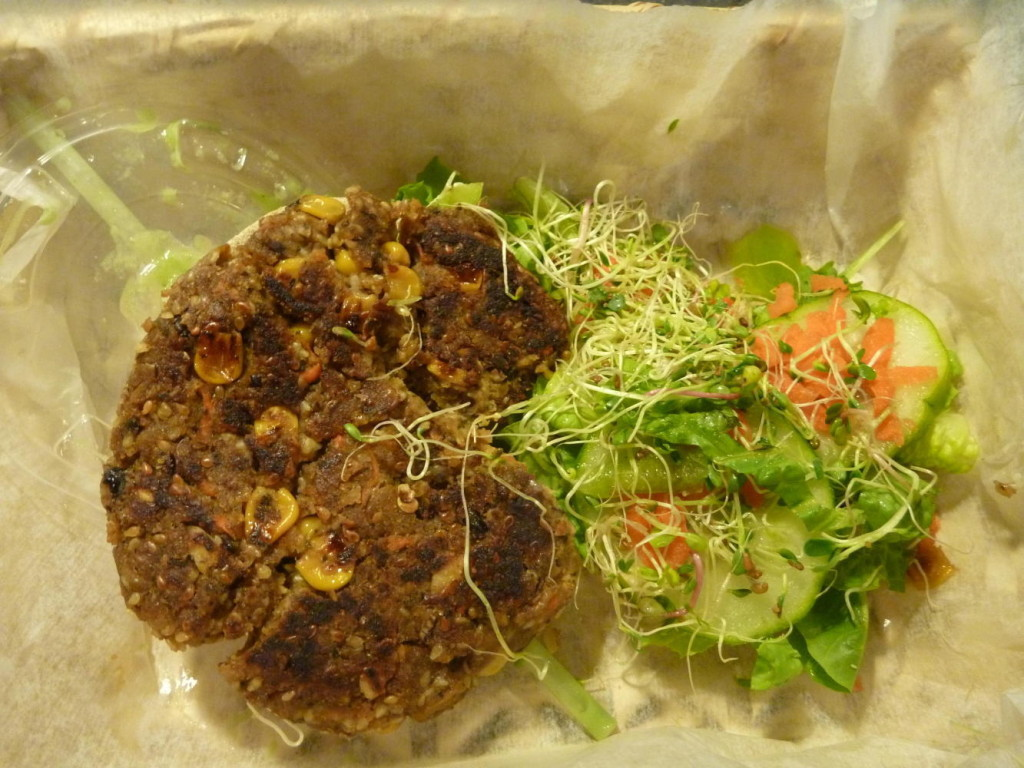A delicious vegetable burger!
