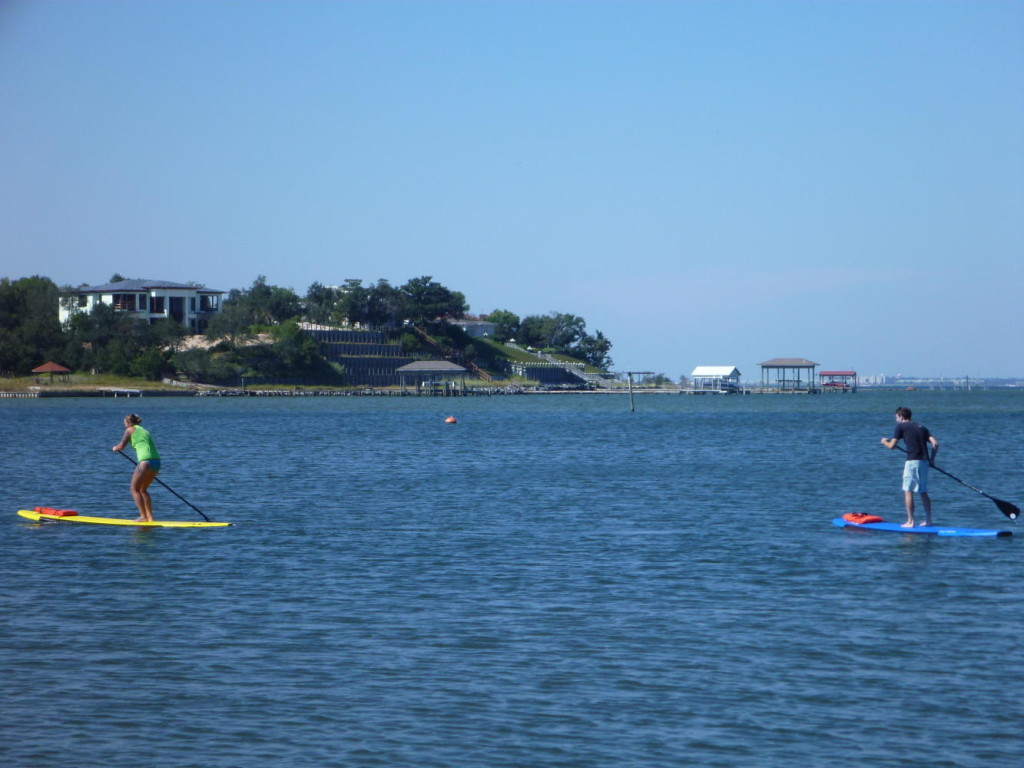 Cary and Jocelyn rented Stand Up Paddleboards (SUP)