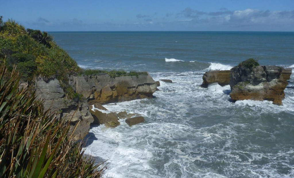 The following are several pictures from the Pancake Rocks and Blowhole area.