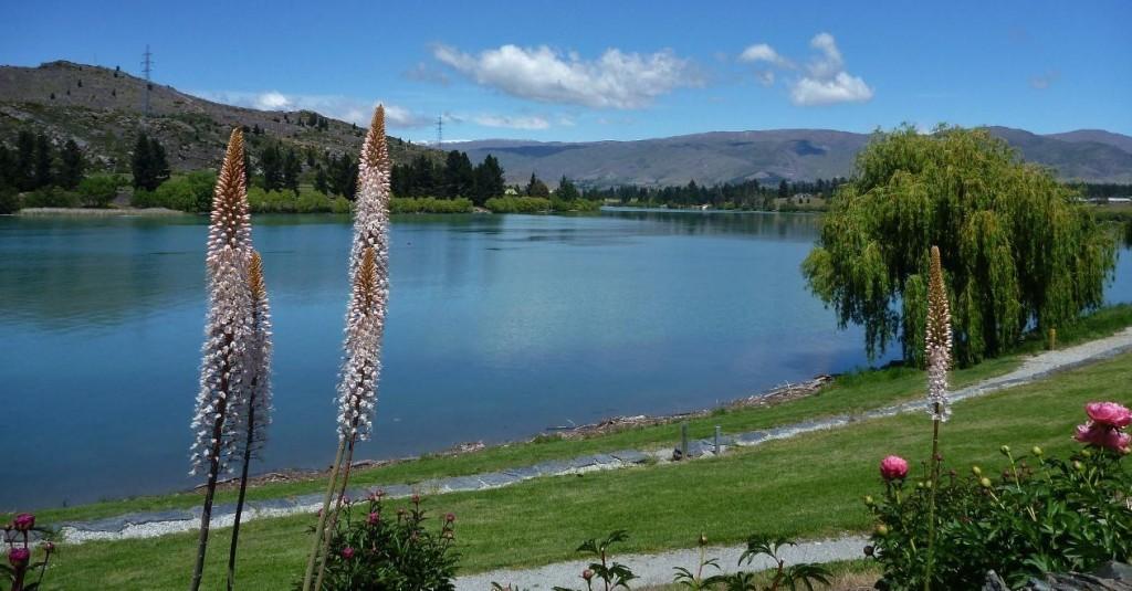 Lake Dunstan.
