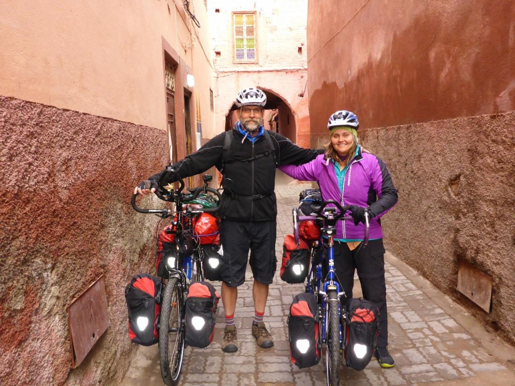 Starting our ride outside our hostel.