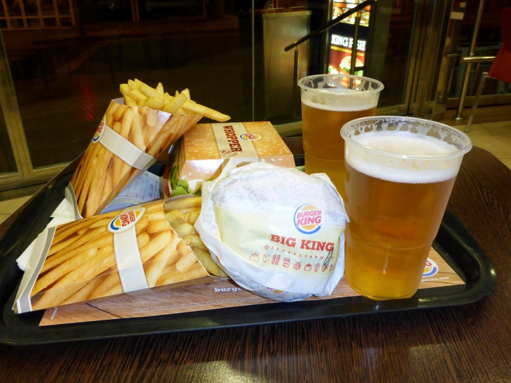 At Espana Burger King you can indeed have it your way. All the meals come with soda or cerveza.