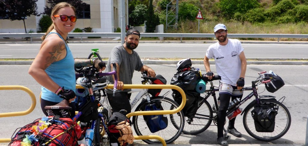 We met two Spanish riders headed our way!