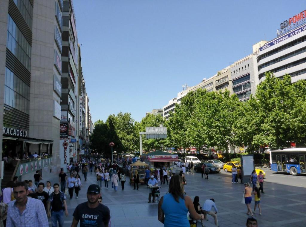 Crazy downtown Ankara. Not a good biking place.