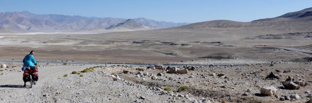 We meet up with the Pamir Highway, M41. After six days on unpaved roads in the Wakhan Valley this paved road was wonderful.