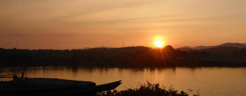Our final Laos sunset.