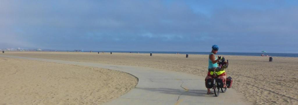 A really nice bike path through Santa Monica...