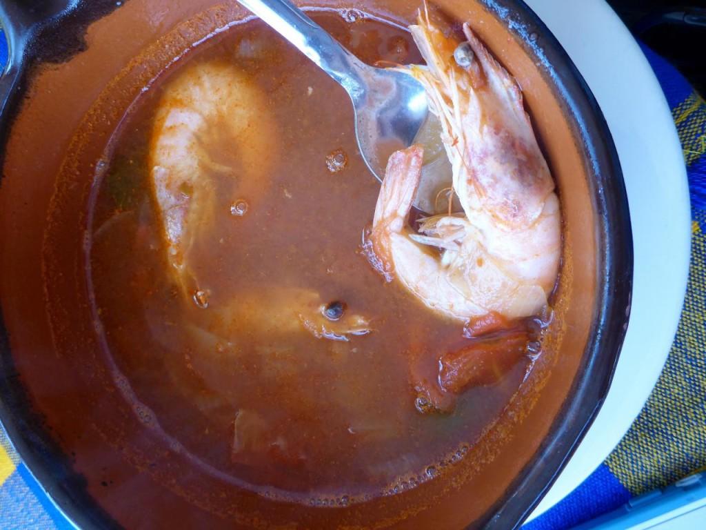 Sopa de camarones. Shrimp soup.