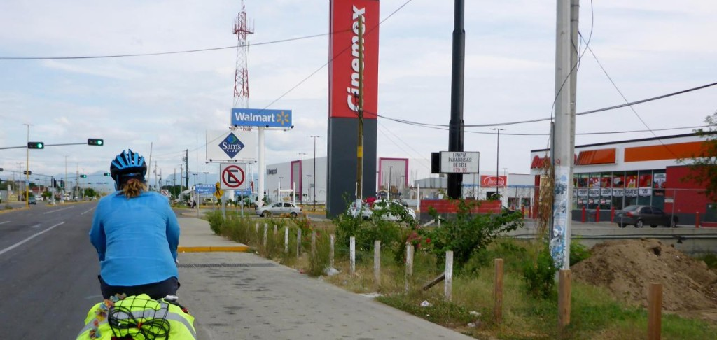 Cinemex, Walmart and Sams. Huge shopping center outside of Salina Cruz. Anytown U.S.A.