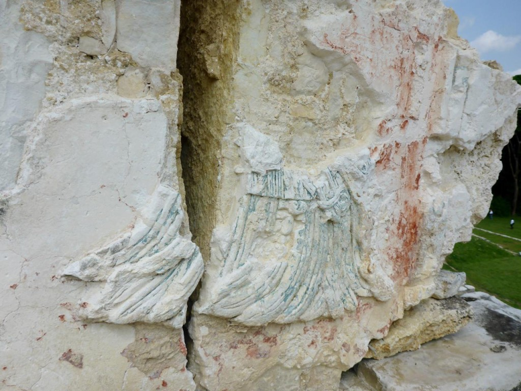 Blue and red pigmentation were the most common colors. At one point plaster covered all the rocks (walls and floors). Most of the plaster is long gone.