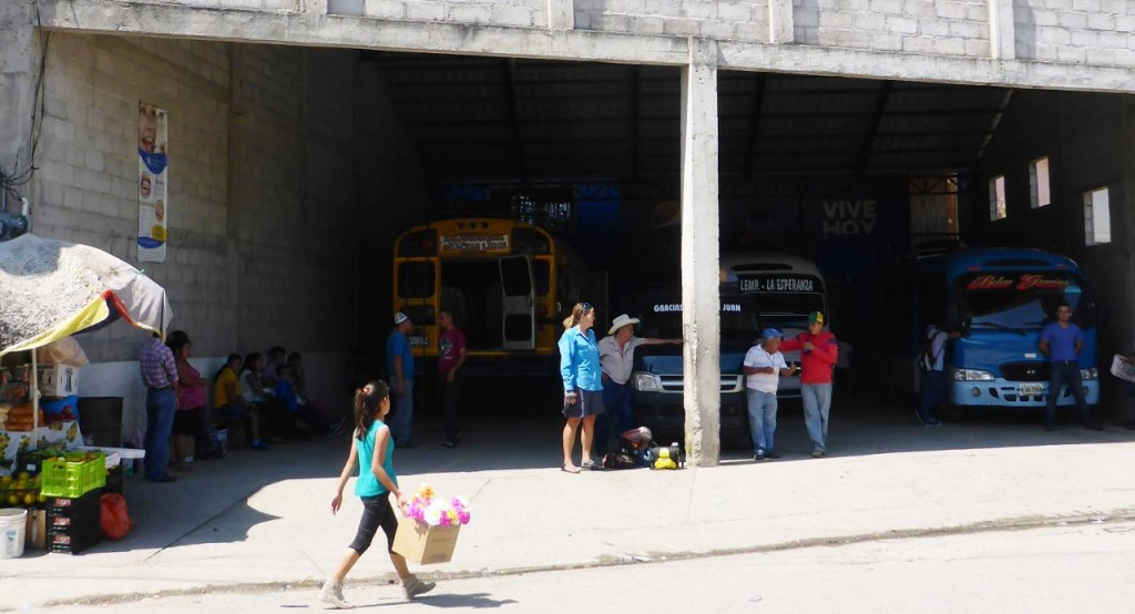 The bus station in Gracias.