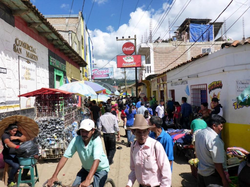 A Sunday morning in La Esperanza.