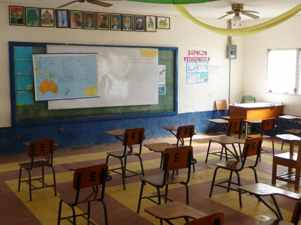 Sixth grade classroom in Colomoncagua. The front...