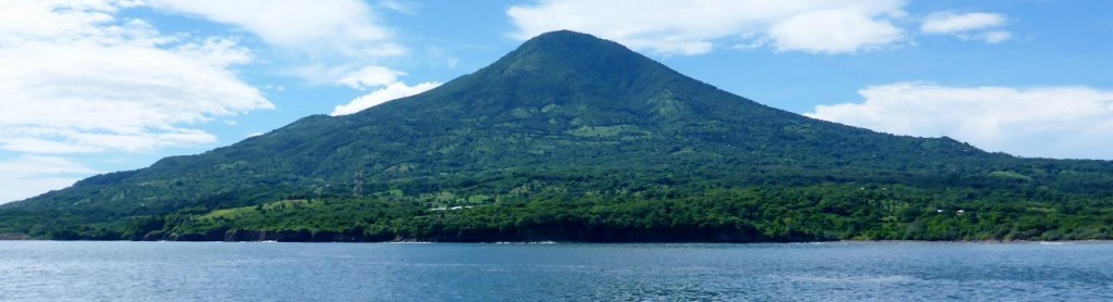 Most islands off of El Salvador and Honduras are volcanic.