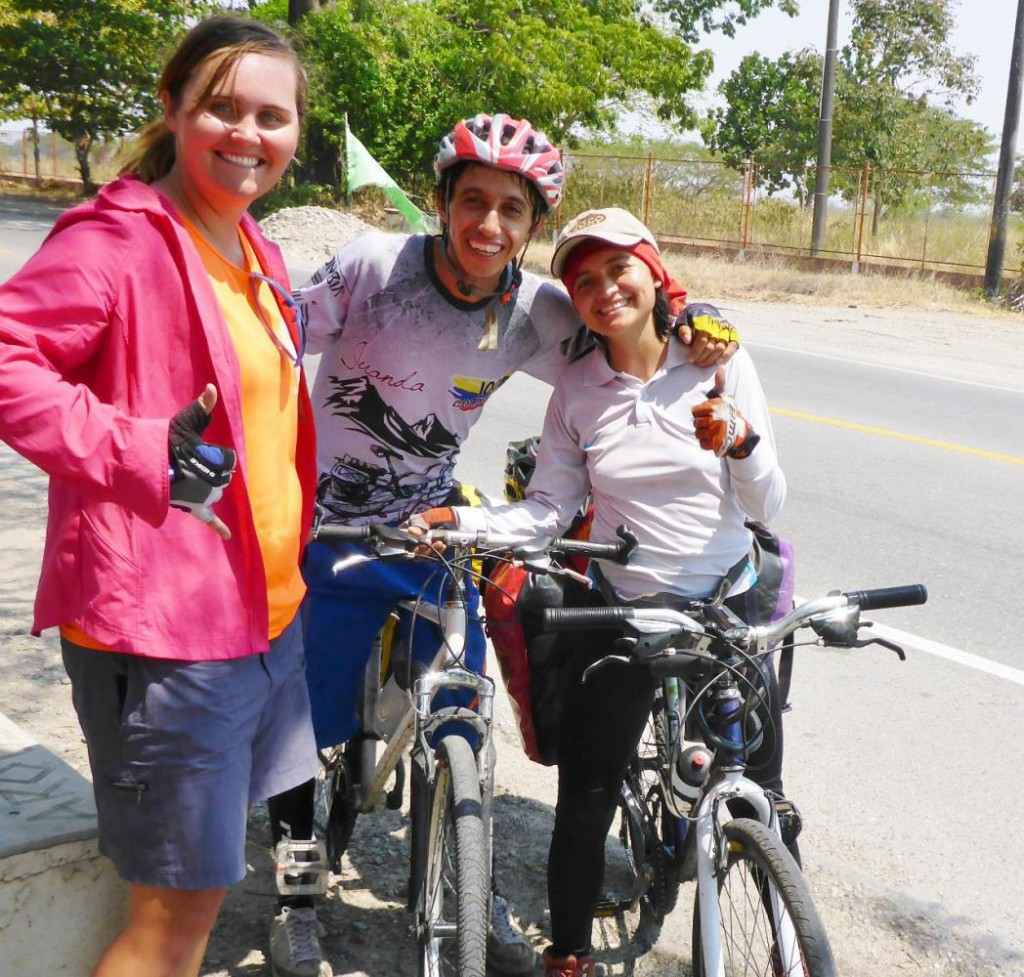 We met a Colombian couple cycling the other way while we were resting in a roadside stand.