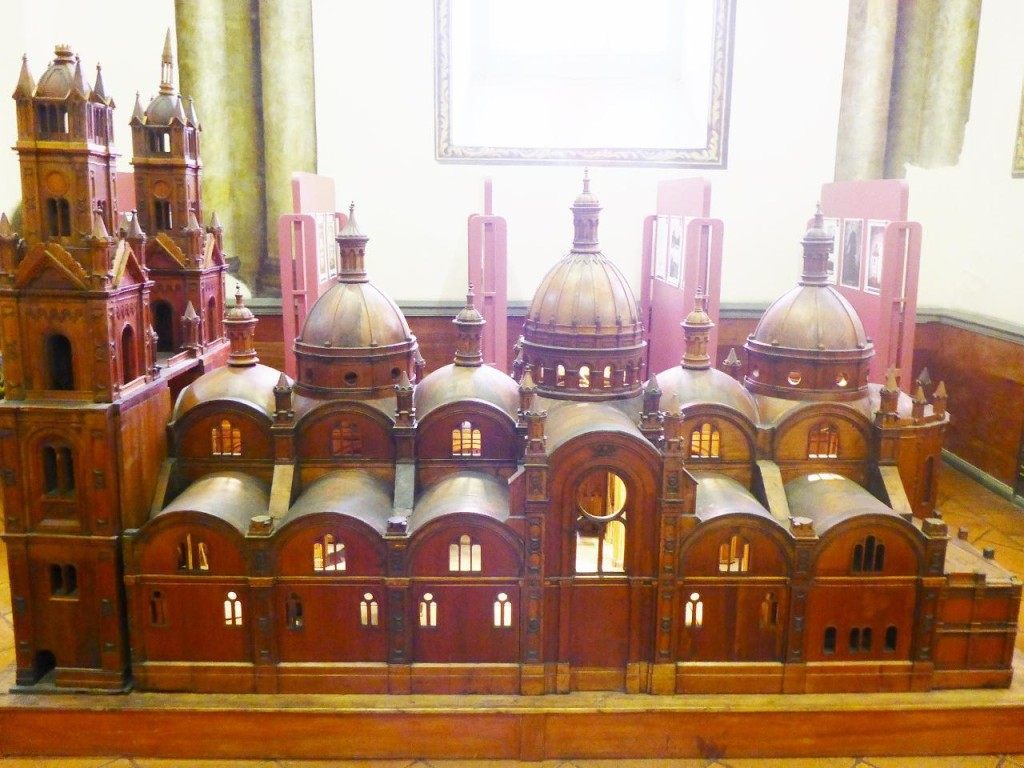 A model of the new cathedral that opened in 1906.