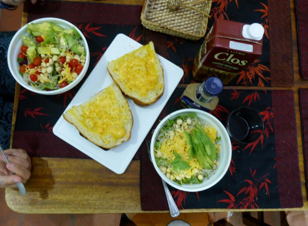 While in Cuenca we were able to make delicious salads for dinner.