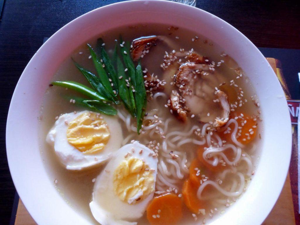 A delicious bowl of fresh ramen soup.