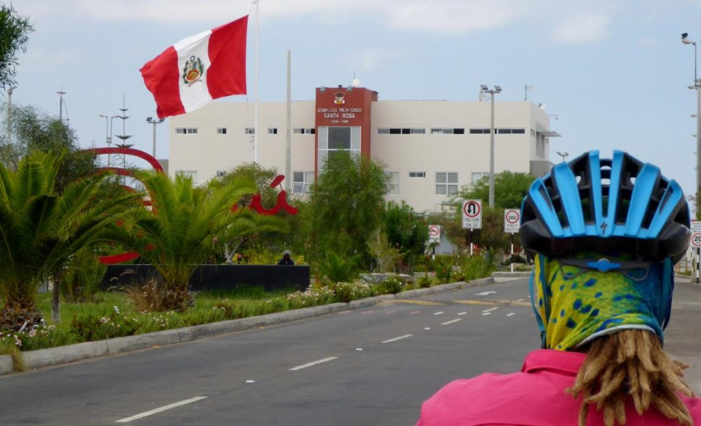 Leaving Peru, a nice flag picture.
