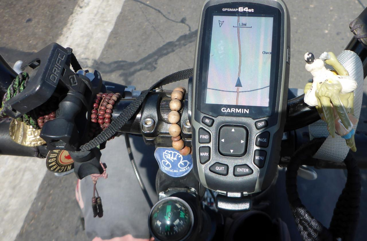 Crossing the border with my new GPS.
